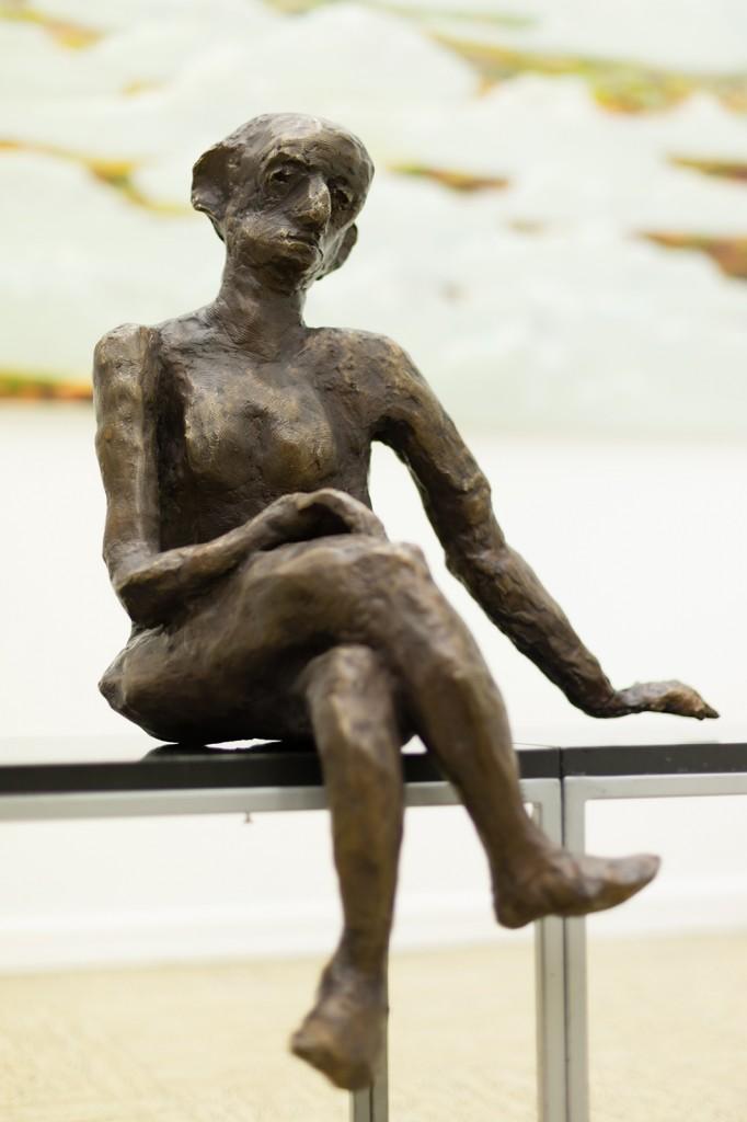 Sitzende, Bronze